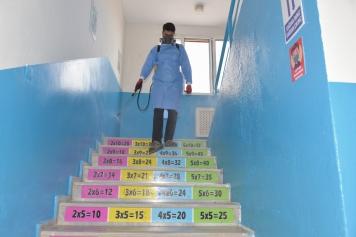 Aliağa'da Okullar Dezenfekte Ediliyor Galeri