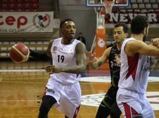 Empera Halı Gaziantep Basketbol 76 – 64 Aliağa Petkimspor Galeri