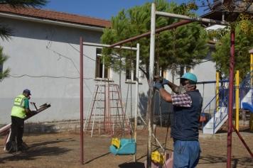 Aliağa Belediyesi Horozgediği Mahallesi'nde El Değmedik Yer Bırakmıyor Galeri