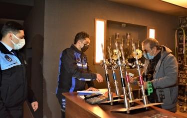 Aliağa'da Kovid-19 Denetimleri Devam Ediyor Galeri
