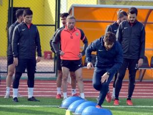 Aliağaspor FK, Lig Öncesi Hazırlıklarını Sürdürüyor Galeri