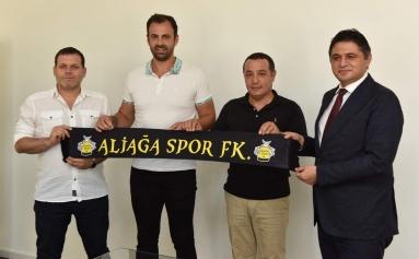 Aliağaspor FK'da Teknik Direktör Hakan Şapçı Oldu Galeri