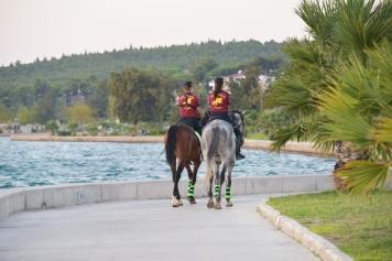 Atlı Polisler Aliağa'da Göreve Başladı Galeri