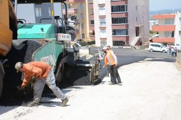Aliağa Belediyesi'nin Asfaltlama Çalışmaları Tüm Hızıyla Sürüyor Galeri